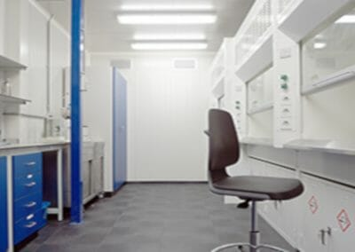 Synex Synthetics cleanroom Maastricht